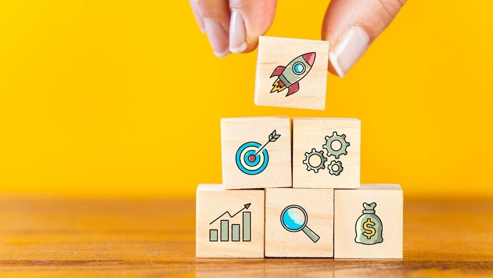 Launch Your Start-up with These 11 Marketing Steps